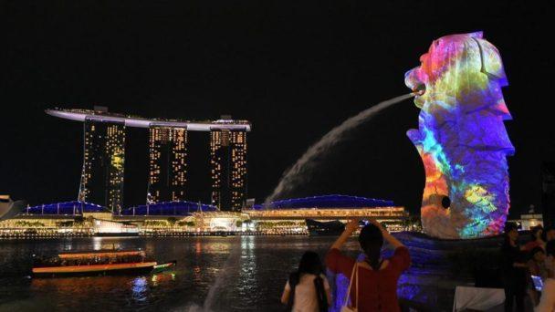 iLight-at-Marina-Bay-Singapore